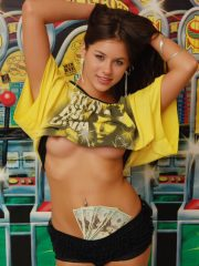 Shyla Jennings The Gambler